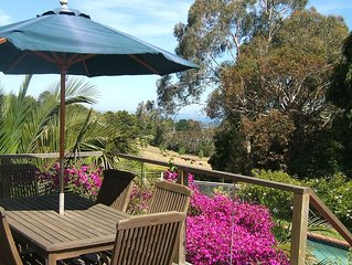 Island View Studio Red Hill - Private romantic couples retreat.