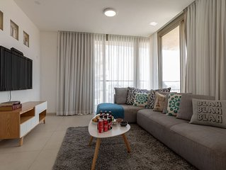 Enjoy Views of Jerusalem from Chic Flat