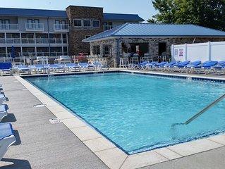 New 4 Bedroom 2 Bath Lake Erie Condo - Sleeps up to 10 max