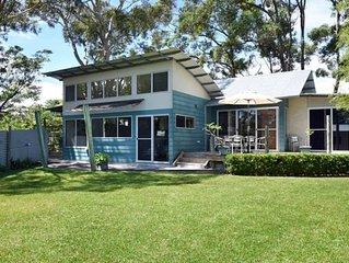 Yacht Club - Holiday House (near Hyams Beach)