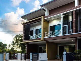 Best Location Near The Beach Brand New Apartment
