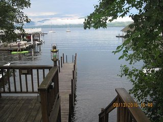 Lovely Cottage with private access and boat slip on Lake George