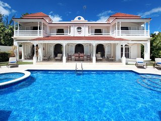 Fosters House - Ideal for Couples and Families, Beautiful Pool and Beach
