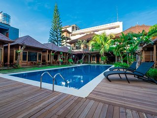 Easy Surf Camp Brand New Bungalow Twin Room Kuta Beach