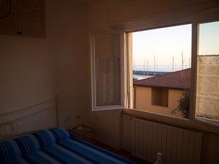 Casa al Porto - A live view on San Vincenzo's marina