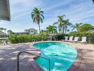 Sand Dollar Cottage - One of The Cottages on the Key