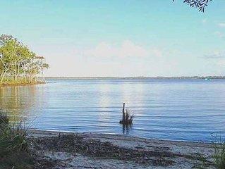 Noosa Lake House Retreat