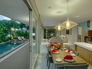 Book 3 Bedroom Villa with pool in Canggu, Daily staff service, Walk to Shops