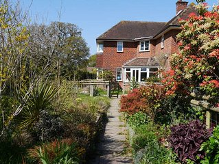 Oakfield Annex B&B Sleeps 4 in the New Forest. Family and child friendly.