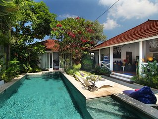 Villa Fendi 500m Beach 10mn walk Seminyak Central