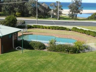Fathoms 14 - 14/1A Mitchell Pde pool, tennis court & ALL LINEN SUPPLIED