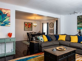 'Luxury spacious ocean-view condo with private patio'
