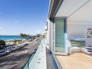 Directly across from the famous waves of Bronte beach with unobstructed views