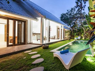 Cozy Private Pool Villa Near Seminyak