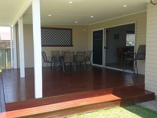 Fish Cottage - home away from home - pet friendly - wifi - reverse cycle aircon