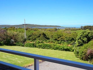 Lights Beach House - Just Magic! Uninterrupted views to Southern Ocean.