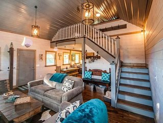 Secluded Luxury Cabin Minutes From Salt Fork