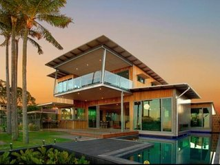Gaia House - Mooloolaba Waterfront - The Ultimate Adult Getaway