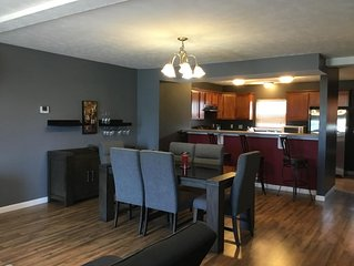 Private bedroom and space. 5 Minutes from DOWNTOWN!
