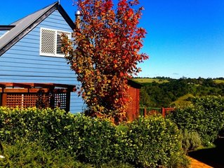 Hillview Cottage - relax with the view