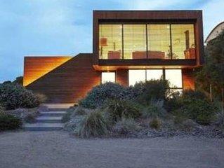 Hetty Coastal Lounge