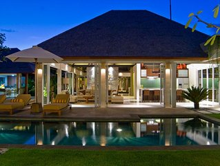 5 Bedroom, 250 meter from beach, Staffed property. Stress Free!