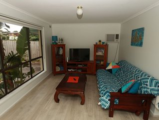 NEWLY RENOVATED Pet Friendly Brightside Cottage