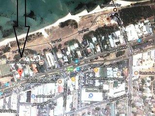 930 Cabin on the beach-30metres Beach/Shops/Pub/Resturants-Leave car behind