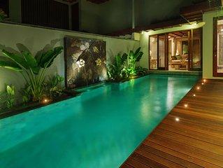 Two Bed Jacuzzi and Pool villa Sukawati