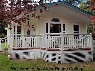Arbor Rouge Cottage - A Romantic Relaxing Get-a-way!