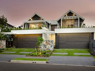 Hampton Waterfront Townhome , located in central Mooloolaba