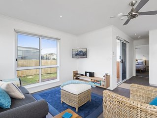 Stay in this modern home situated in the heart of Apollo Bay