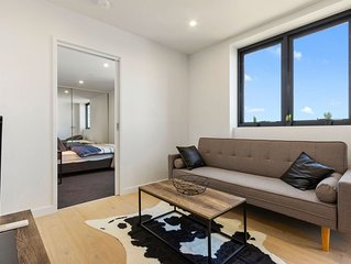 Cosy Southbank apartment with great view