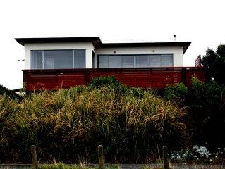 'ON THE BEACH' HUGE LUXURY BEACHFRONT HOME