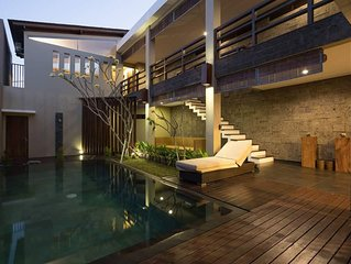 Relax in Romantic Secluded Private Villa