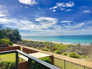 BEACHFRONT: Fantastic position with AMAZING Jervis Bay views.