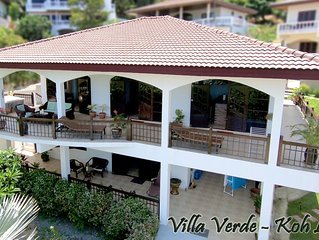 Spacious Sea View Villa with Jacuzzi and pool shared