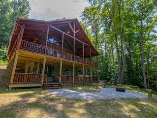 Stunning 3 level lodge with close proximity to Cantwell Cliffs!