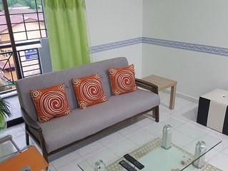 Doublejoy Homestay is own n manage by Joseph Quek.