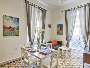 Spacious, Bright & Modern 1-bd Valletta Aparmtent