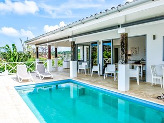 Beautiful modern Villa, Private Pool, Gated Community, Monthly rates available!