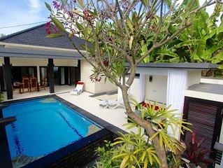 Villa in Lovina Beach
