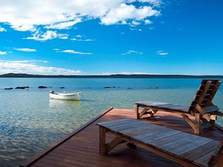 Luxury Lakefront Retreat minutes from Noosa - step away from the everyday