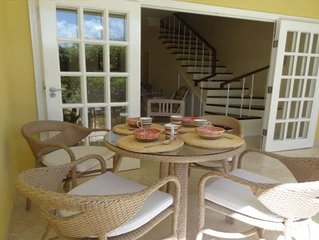 Comfortable Pool, Beach Townhouse, 2 Bedroom, A/C