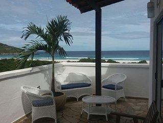 Excelente Cobertura Duplex de frente para Praia Grande