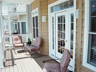 Beautiful, New home 1 block from the beach in Ocean City's South End
