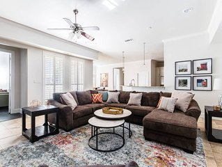 Great Dallas Home, Fantastic for Groups