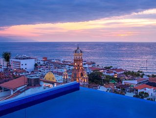 Stunning Rooftop pool in Gringo Gulch
