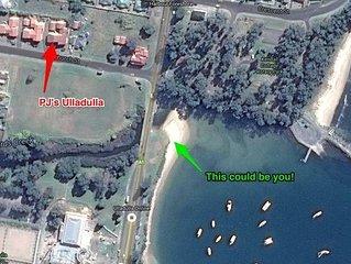 PJ's Ulladulla - Harbour & Pacific Ocean Views