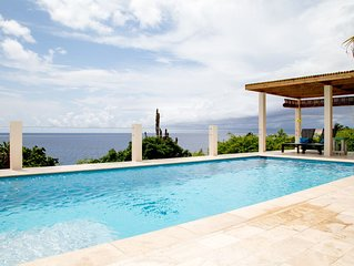 Newly Renovated Ocean Front Villa! Peaceful and Private!